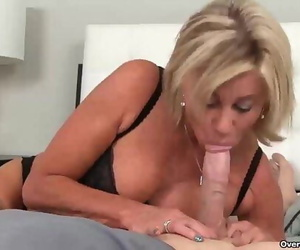 ov40-Naughty mummy POV blowjob