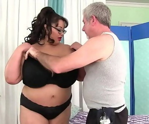 Voiced boobed asian BBW Miss..