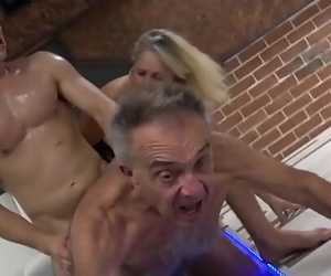 Old Gunther Cuckolding his..